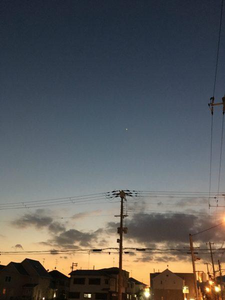 ガレージから見た夕日