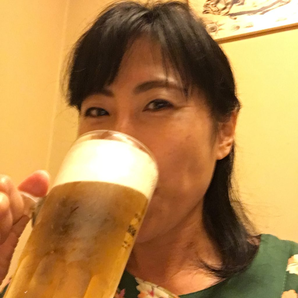あやみん会でビール