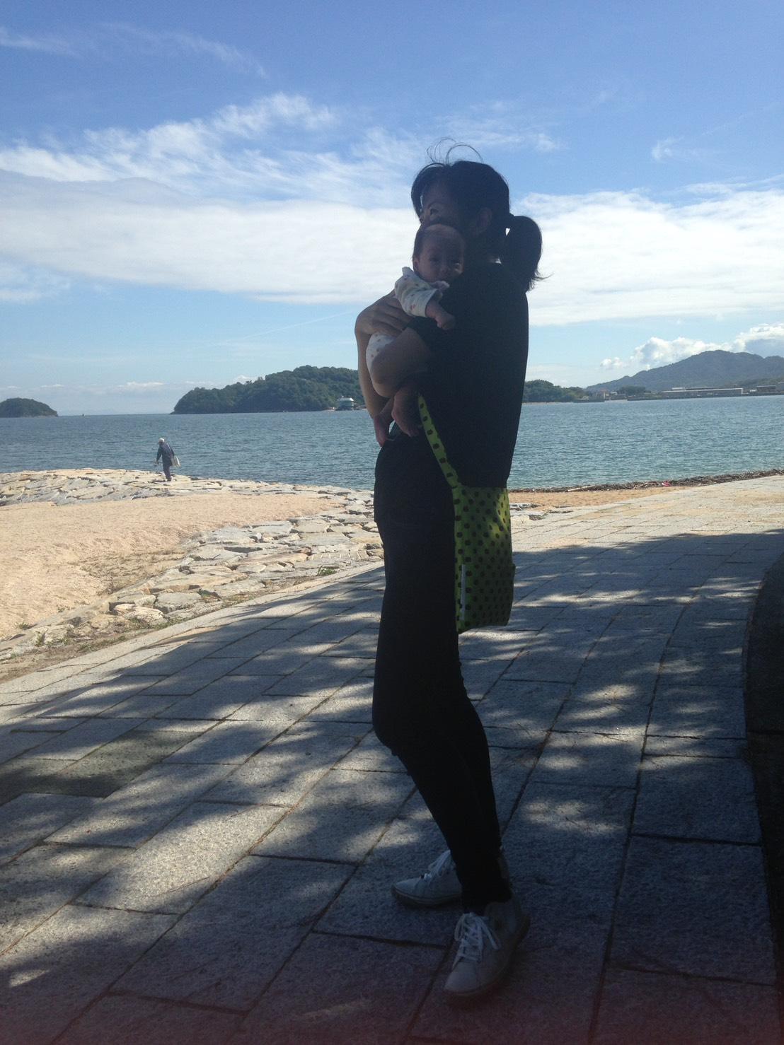 津田の松原と赤ちゃん